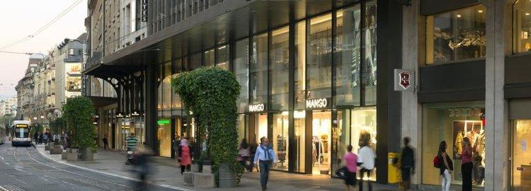 Immeuble commercial au centre-ville